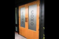 Como-Frosted-Door-Graphics